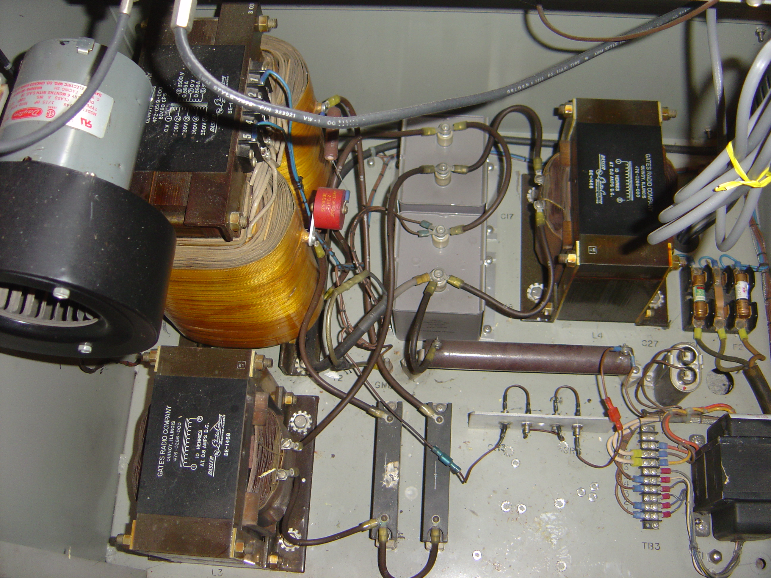 Picture of the inside of the Transmitter - Left Rear is Power Transformer. <br>Yeah, I know you don't care.